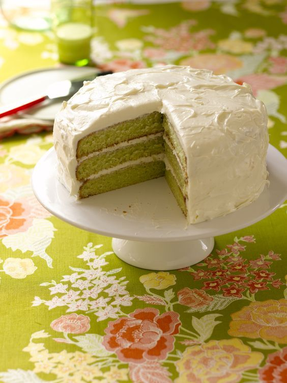 Trisha Yearwood's Key Lime Cake - Cowboys and Indians ...