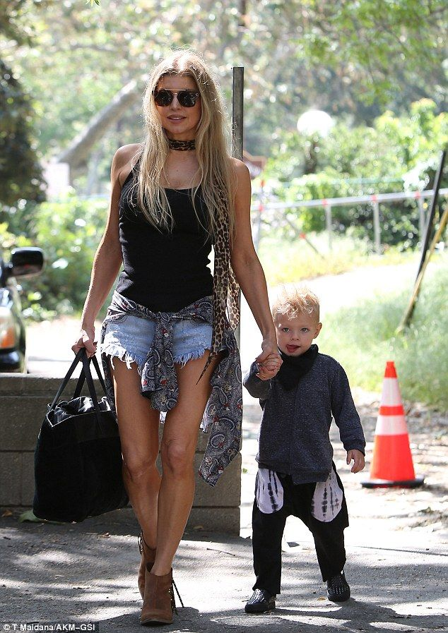9451ebcbd9d1 Fergie put her toned legs on full show when she stepped out for a play date  with her son Axl and husband Josh Duhamel in Brentwood on Thursday