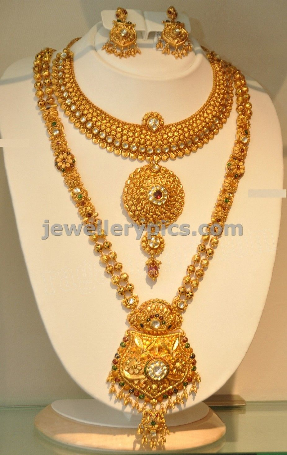 Gold necklace designs in grt jewellers - Khazana Gold Haram Long Necklace Designs Latest Jewellery Designs