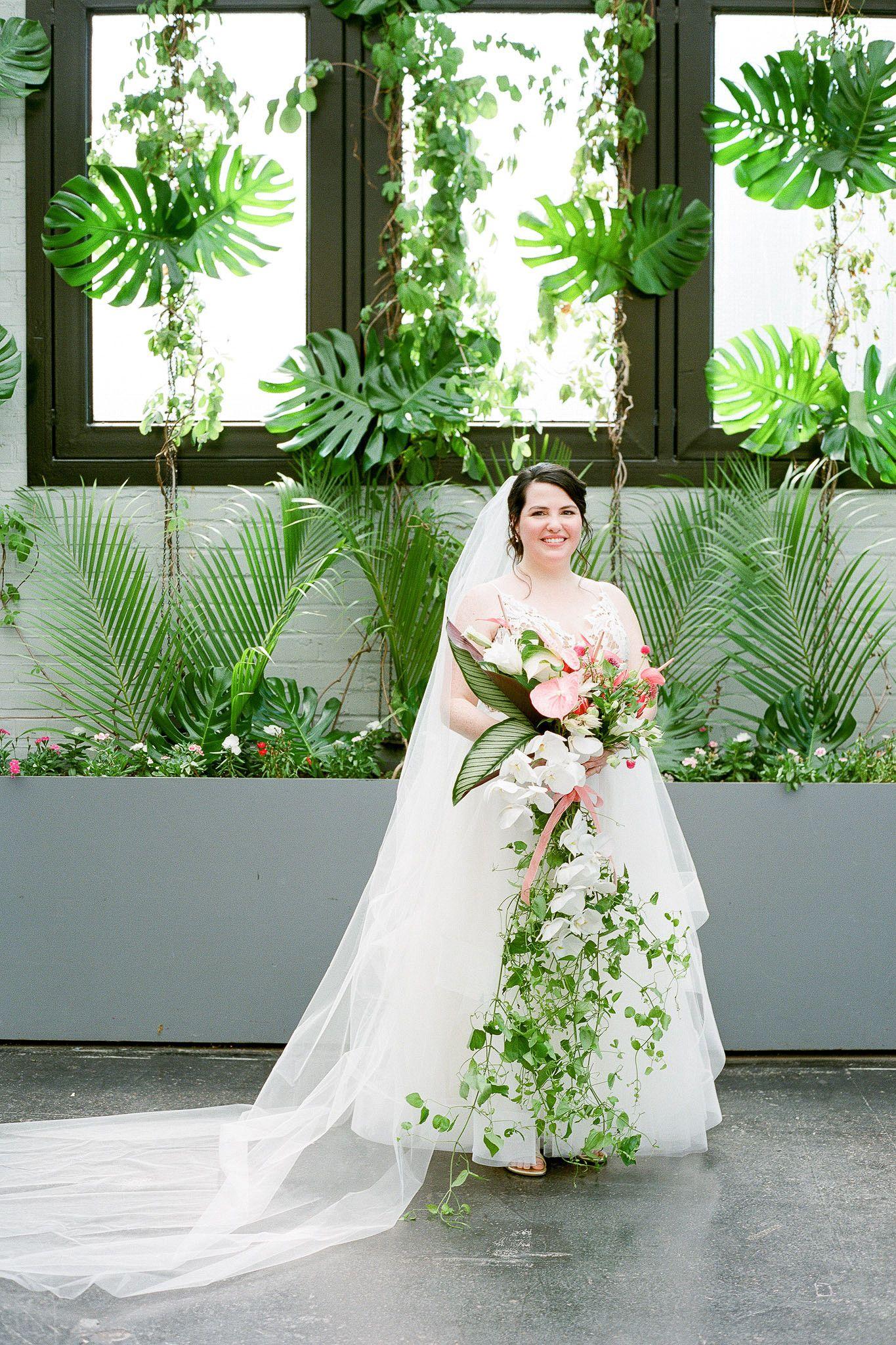 The 50 Best Wedding Bouquets White Wedding Bouquets Summer