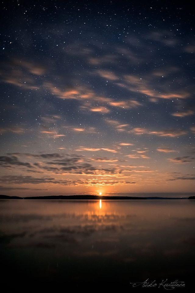Laskeva kuu | Asko Kuittinen Suomalainen maisema