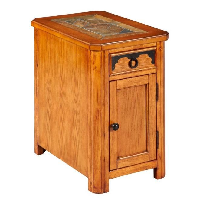Quail Valley Chairside Chest With Magazine Storage By Broyhill Furniture   Colders  Furniture And Appliance