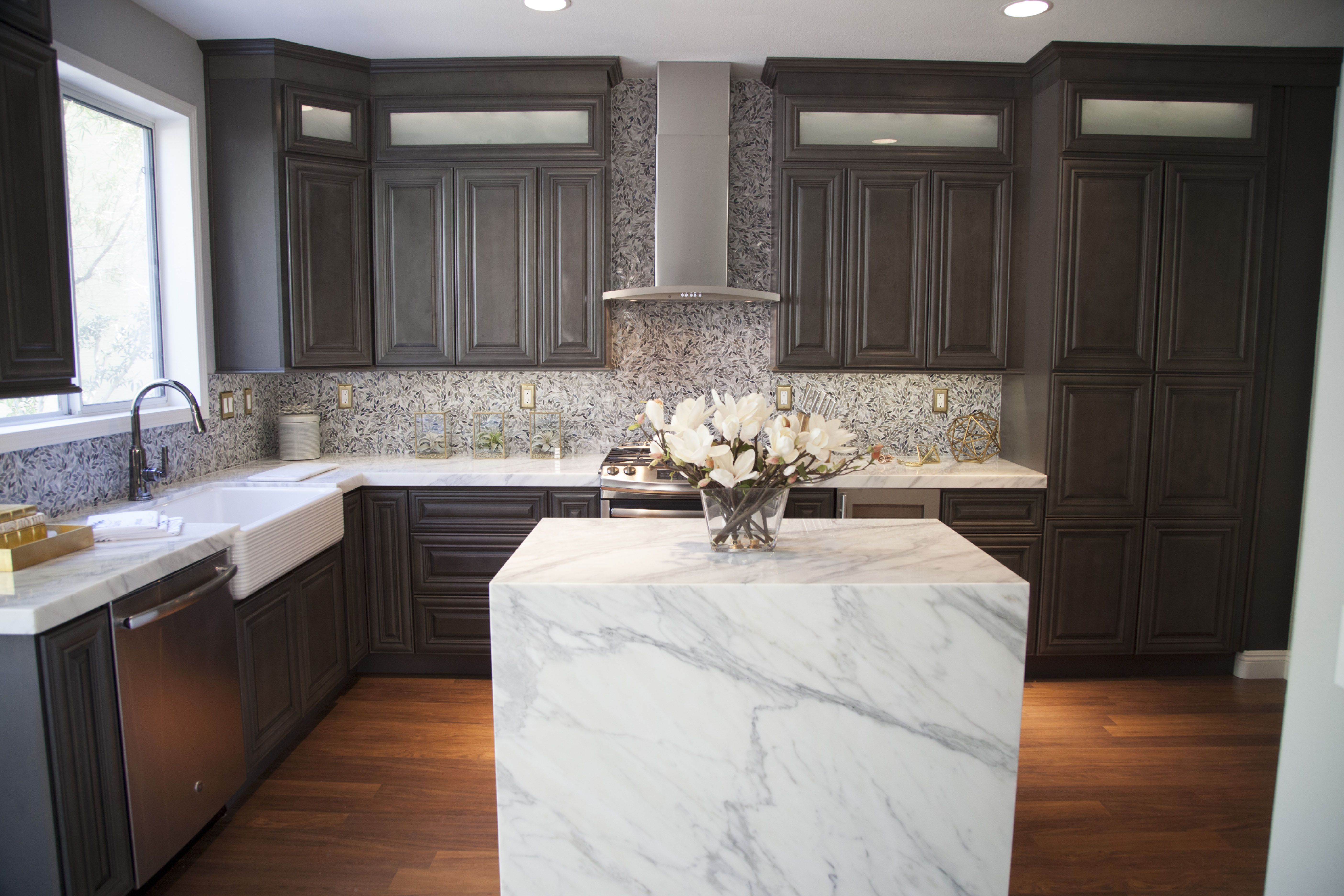 Kitchen To Go Cabinets Child's Play Alison Victoria Diy Network S Crashers Star Chose Use In Her Own Home Want The Same Look Visit Cabinetstogo Com Or