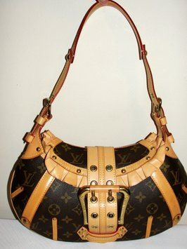 74216122b638 Louis Vuitton Leonor (verified Usa Tradesy Seller) Shoulder Bag. Get one of  the hottest styles of the season! The Louis Vuitton Leonor (verified Usa  Tradesy ...