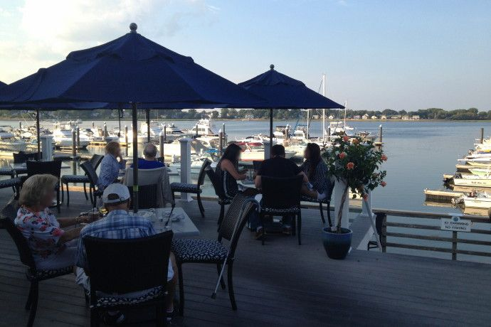Ten Outdoor Dining Areas Bay Pointe Waterfront Restaurant