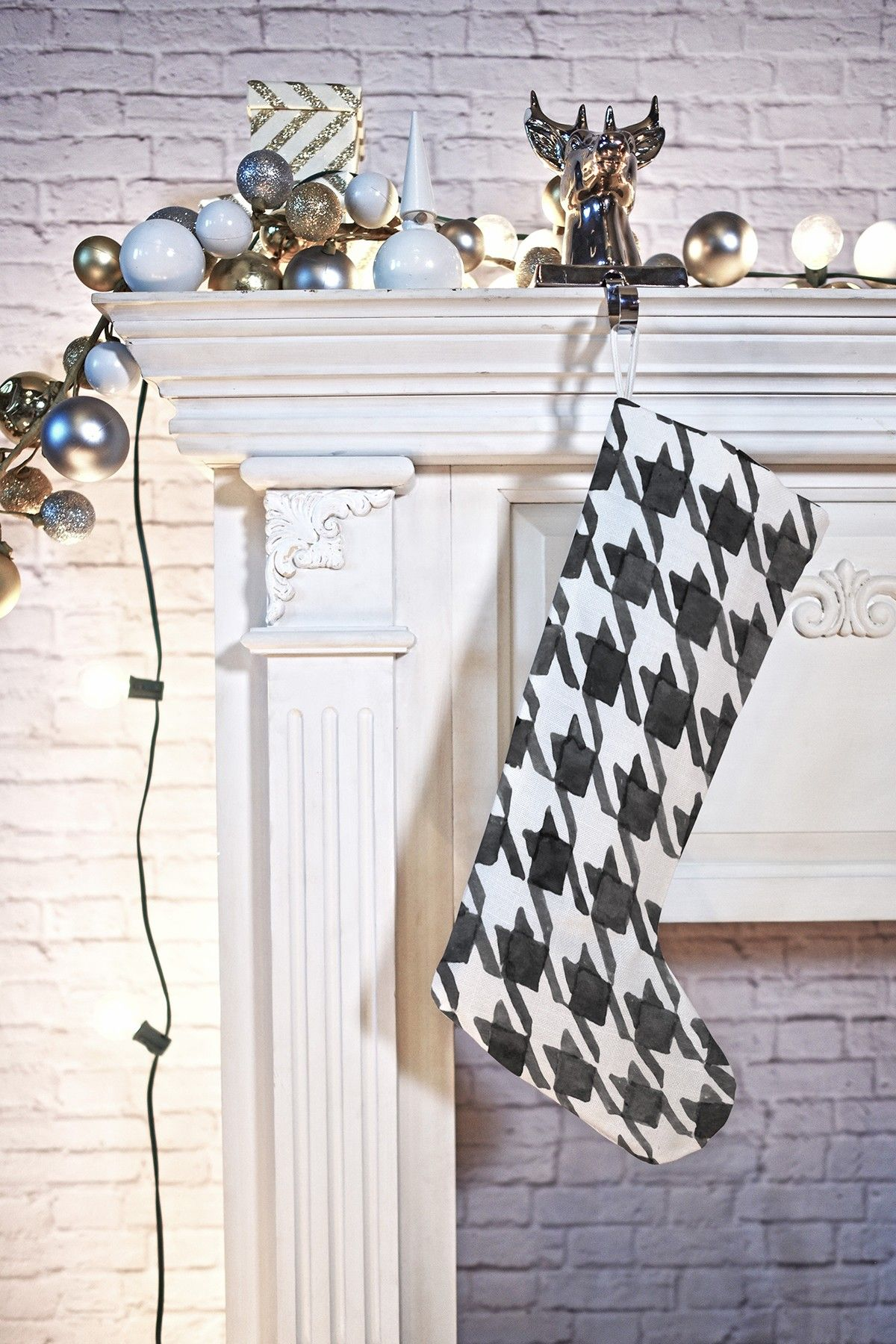Social Proper Houndstooth Stocking