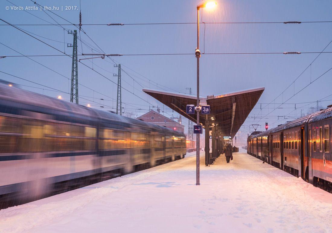 IHO - Biztos út - Havazás: halál a 4-esen, takarítatlan vasúti megállók – csak a szokásos?