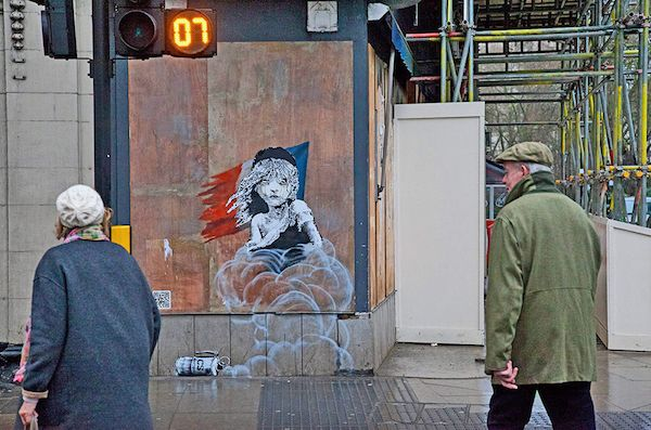 100 Amazing Banksy Graffiti That You Need To See Banksy Mural