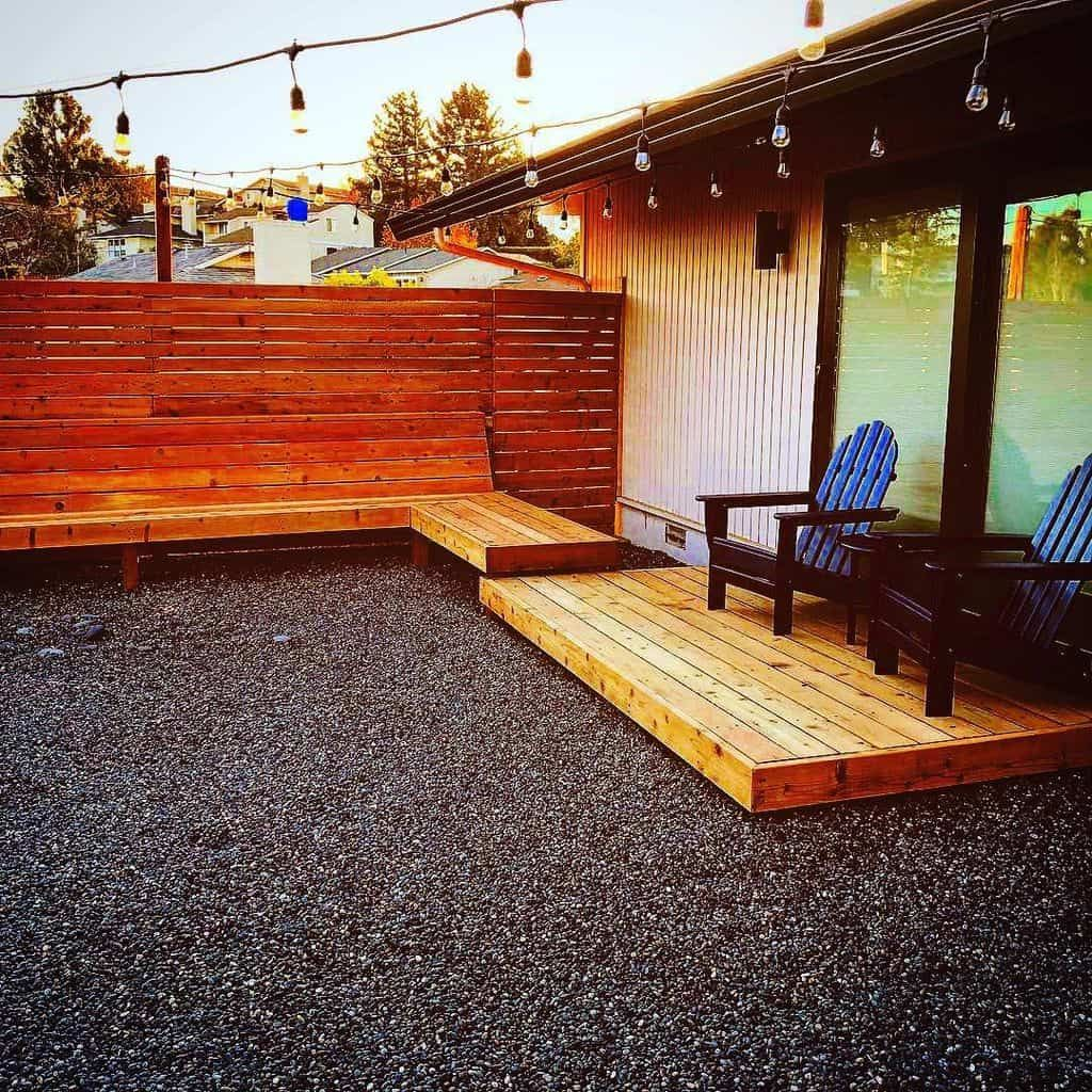 17 Inspiring Outdoor Privacy Screen Ideas to Apply in the