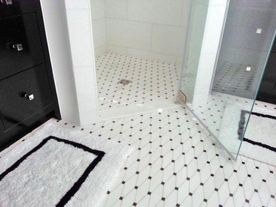 Installer Vallefuoco Constructionbuilder Meridian Homesdesigner Jodi Macklin With Images White Ceramic Tiles Floor Tile Design Ceramic Floor Tile