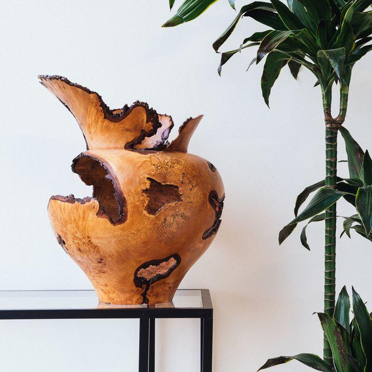 turned-alder-vase-1.jpg