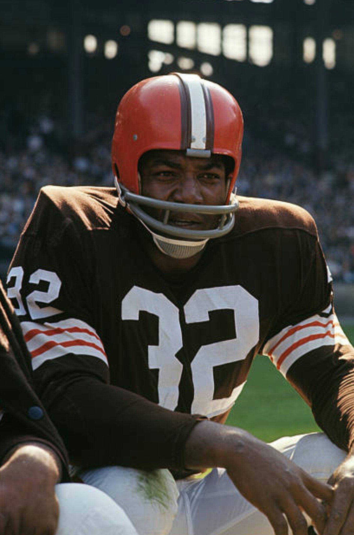 20576fcf9ea5 Jim Brown Hall of Fame Full Back  https   www.pinterest.