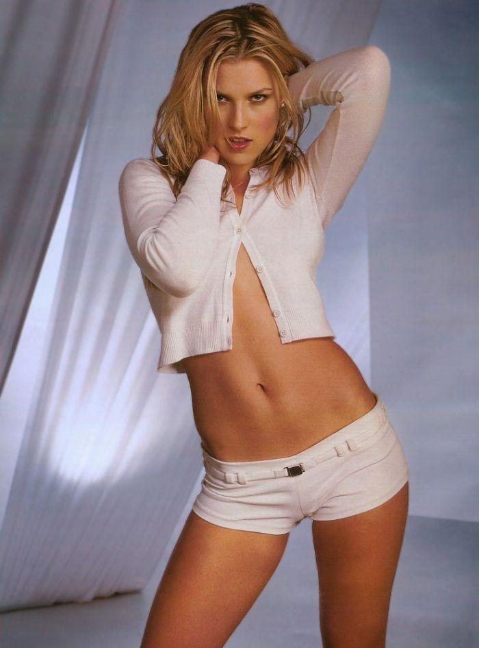 Christina hendrick naked nude ali larter hot