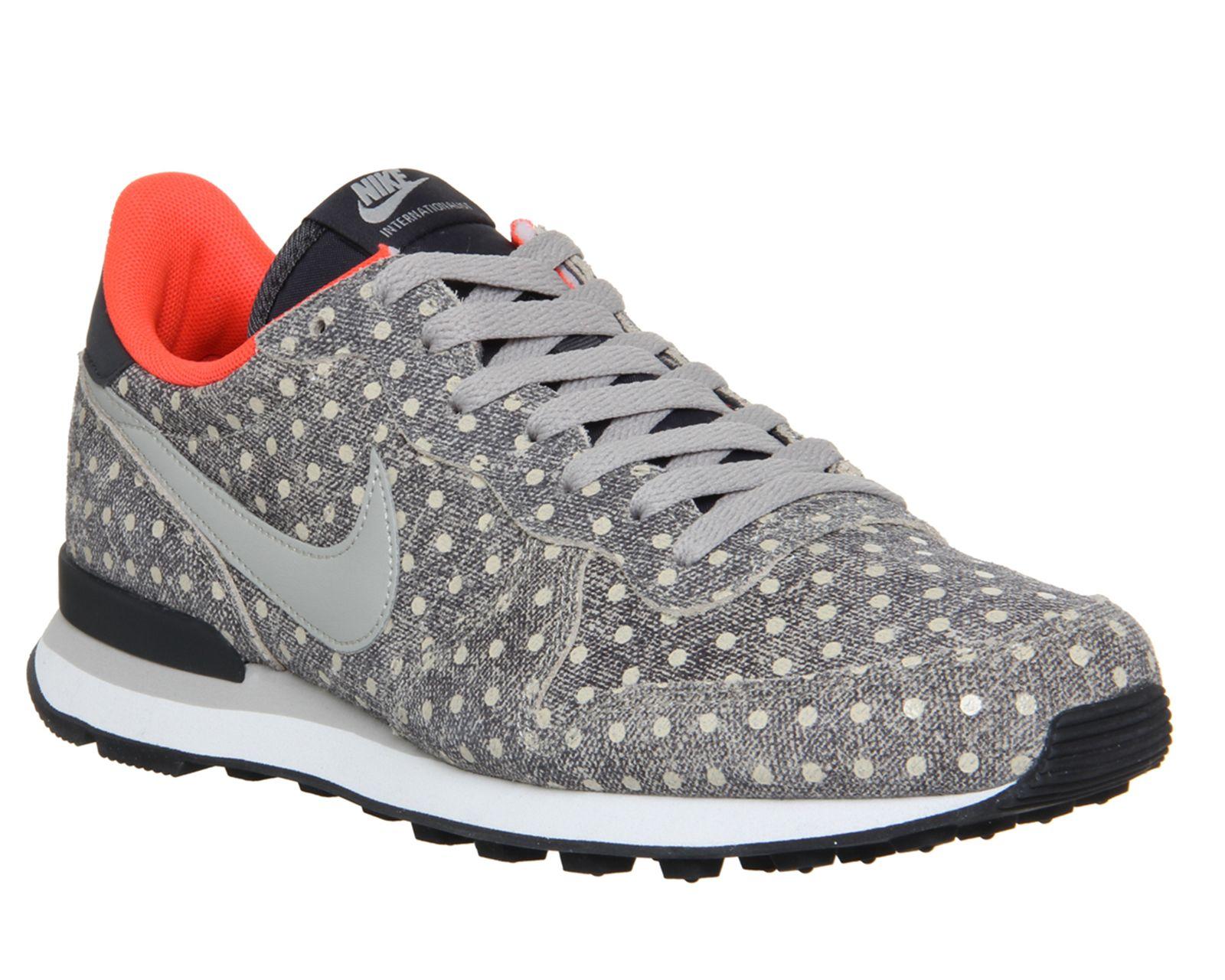 design de qualité 8f2c7 8d554 Nike Nike Internationalist Chambray Polka Infra Prm - For ...