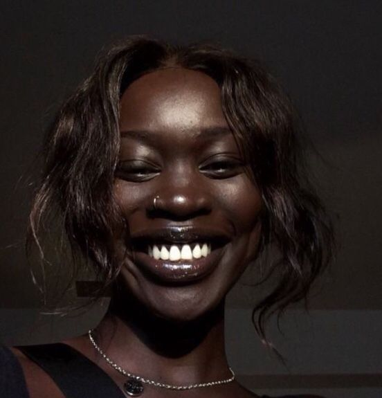Schöne Schwarze Frau