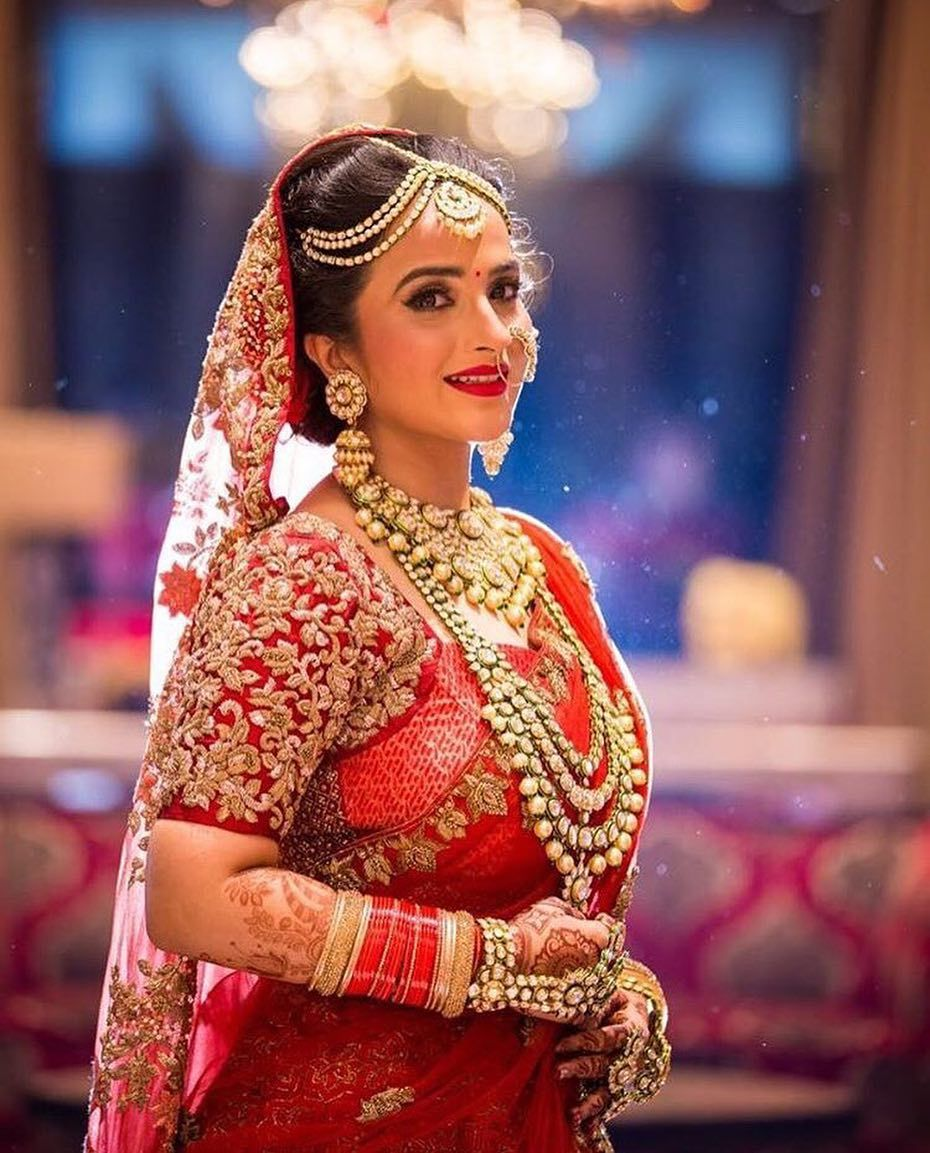 Top 50 Bridal Makeup Artists In Bangalore Price Info Reviews Indian Bridal Photos Indian Wedding Photography Poses Royal Indian Wedding