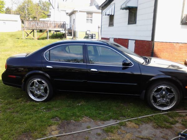 2000 Nissan Maxima Se 5 Speed 190k Black With Grey Cloth Cd