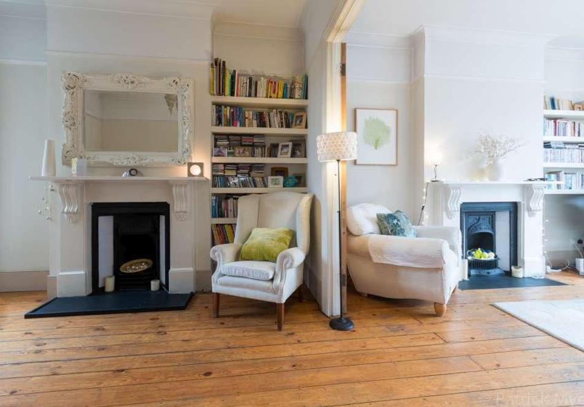 Victorian terrace, antique fireplaces, bookshelves, wooden ...