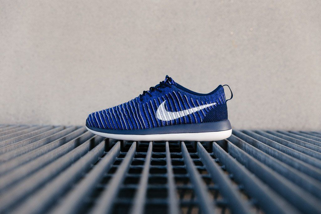 d54894c6eb251 Nike Roshe Two Flyknit 844833-402
