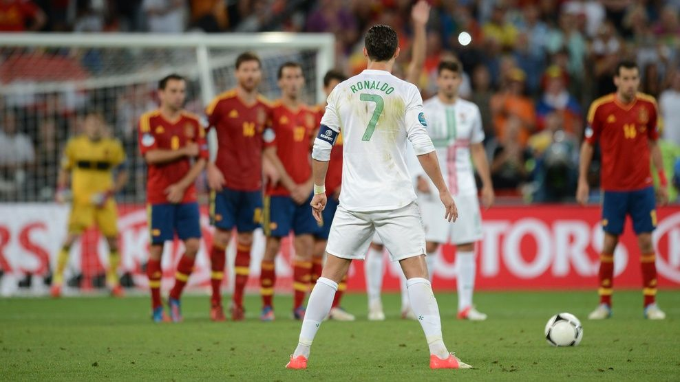 Ronaldo is simply great with his free kicks...the way he
