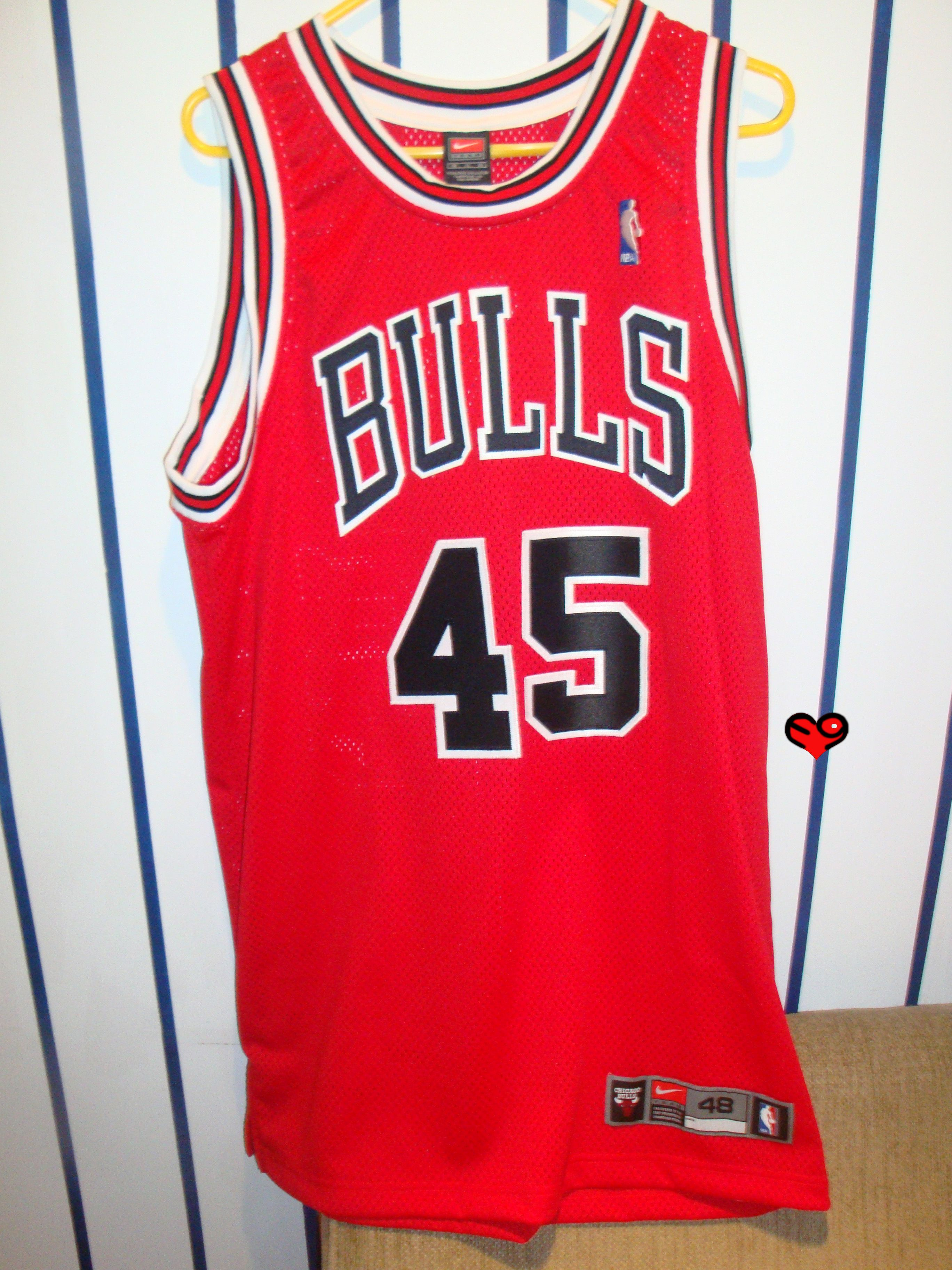 separation shoes a7662 37ee9 Jordan #45 Authentic Nike Bulls Road Jersey (front ...