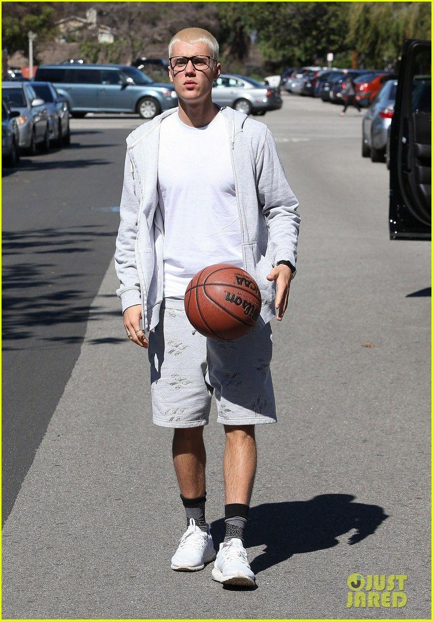 Justin Bieber Joins PickUp Basketball Game on Venice