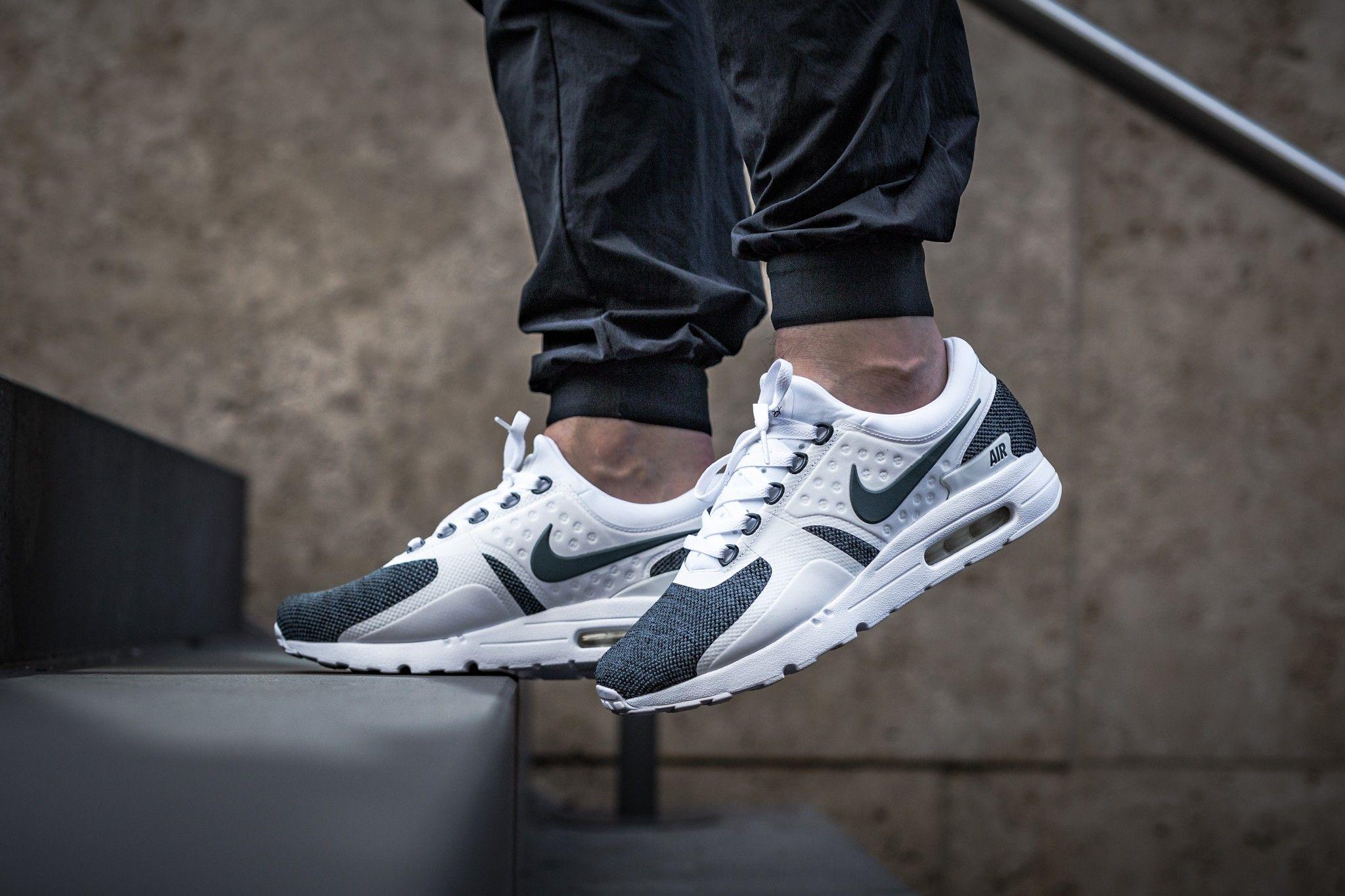 918232-100 AIR MAX ZERO SE   Sneakers   Air max, Sneakers et Sneaker ... 9cabd392831b