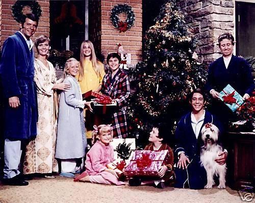 Brady Bunch Christmas.A Very Brady Christmas Movie Brady Bunch Fakes Christmas
