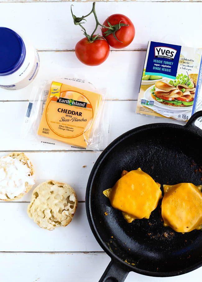 Vegan Drive Thru Breakfast Sandwiches Ilovevegan Com Breakfast Sandwich Vegan Meal Prep Vegan
