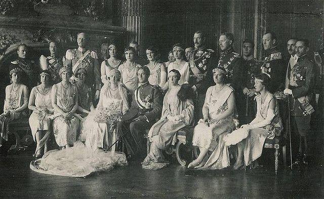 Hochzeit Kronprinz Leopold Von Belgien Mit Astrid Von Schweden Greek Royal Family European Royalty Royal Weddings