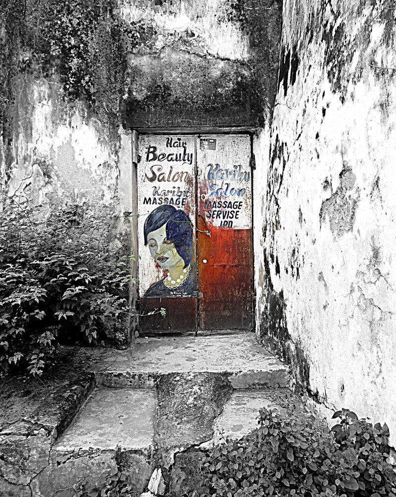 Zanzibar hair beauty salon photography booth frank