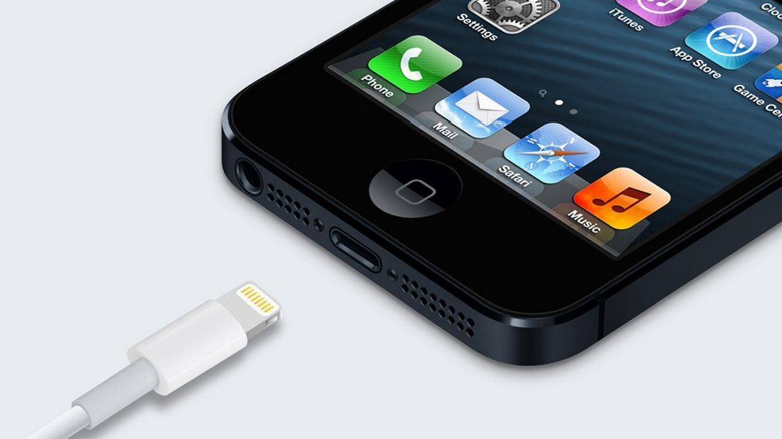Apple S New Lightning Connector In The Iphone 5 And New Ipods Is Not Only Smaller Than The Classic 30 Pin Connector It S So Smart You Can In Future Iphone Iphone Apple Iphone 5