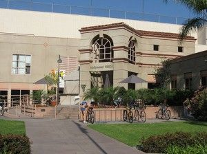 Los Angeles Top 5 Gyms With The Best Swimming Pools Cool Swimming Pools Los Angeles Pools Swimming Pools