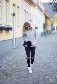 Afbeeldingsresultaat voor sweatshirt outfits tumblr
