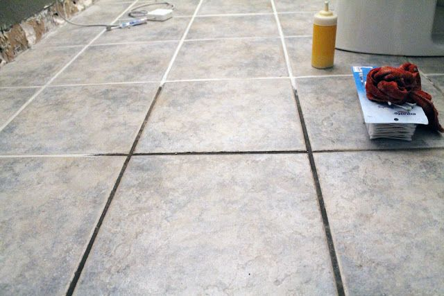 Taking Grout From Dark And Dingy To White And Bright Flooring Clean Tile Grout Tile Grout