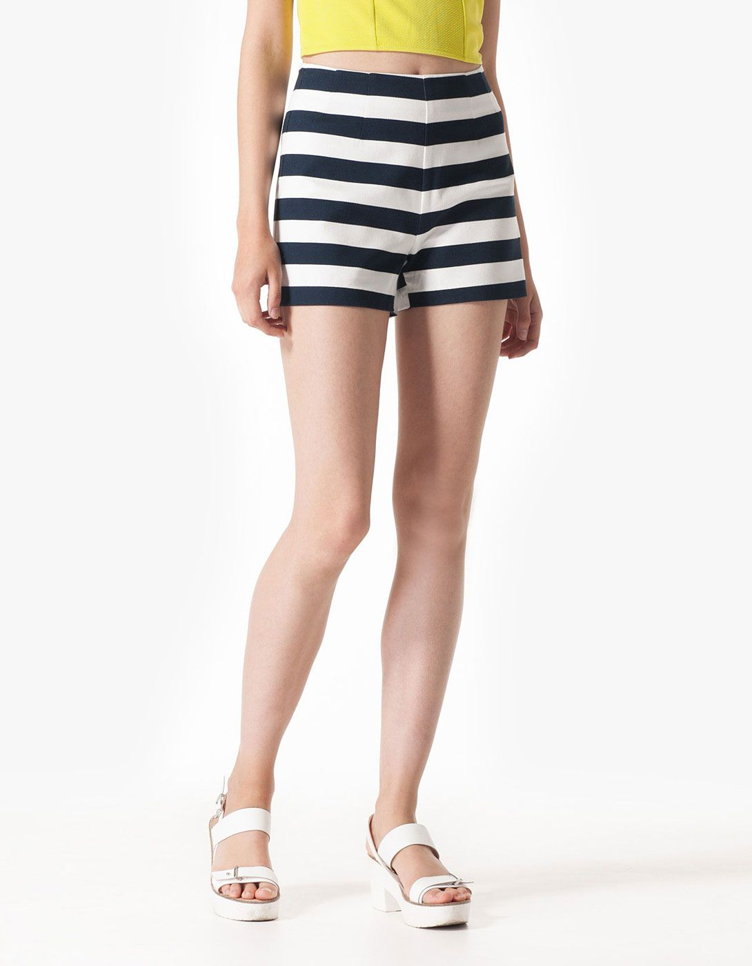 Structured stripe print shorts