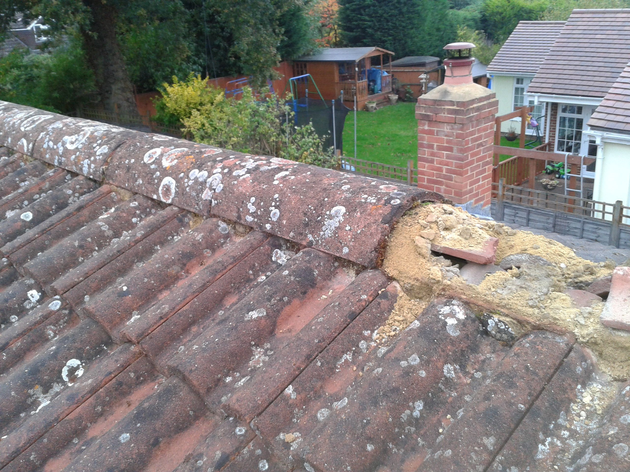 How To Fix Loose Concrete Roof Tiles In 2020 Concrete Roof Tiles Roof Shingle Repair Concrete Roof