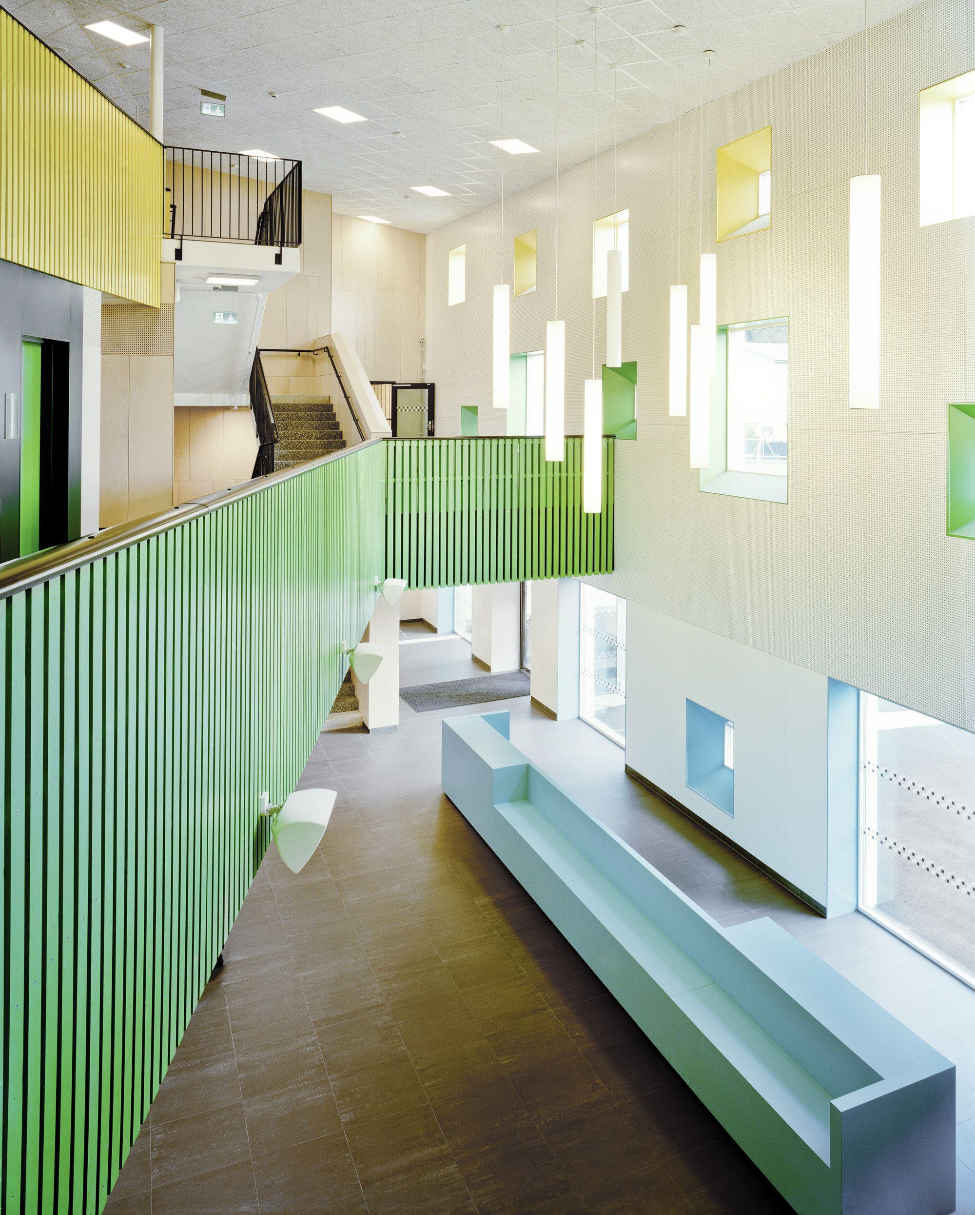 Galer a de escuela kollaskolan kjellgren kaminsky for Innenarchitektur schule