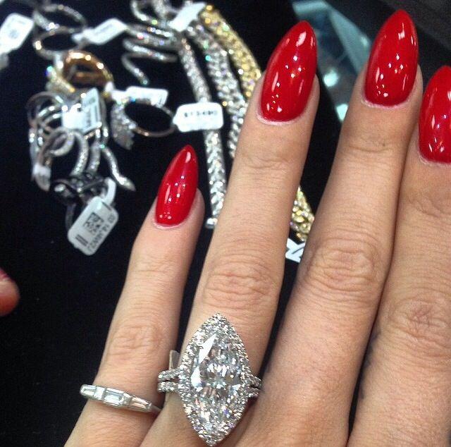 Luv this rich red nail polish