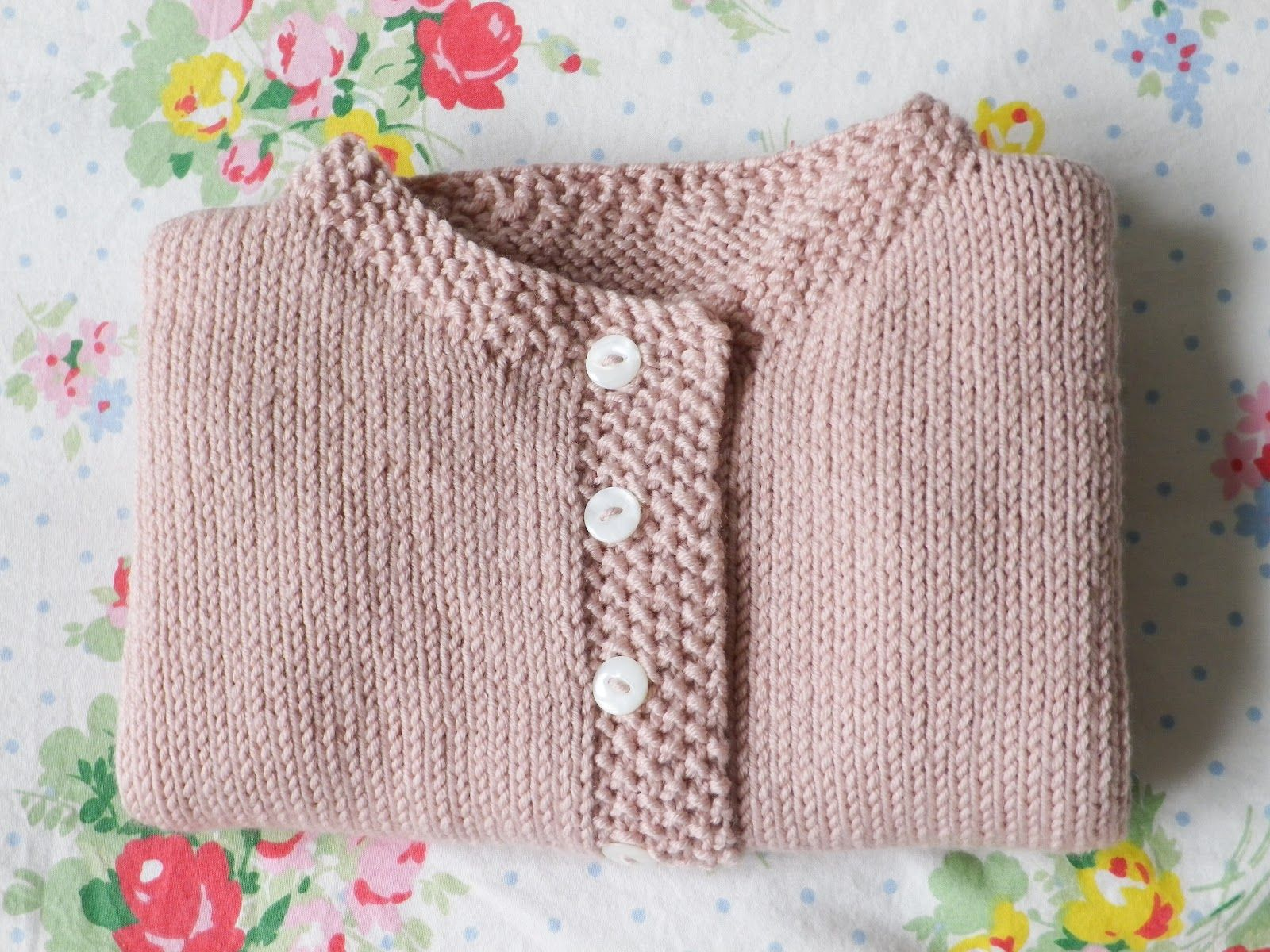 Pattern from Debbie Bliss' baby knits for beginners ...