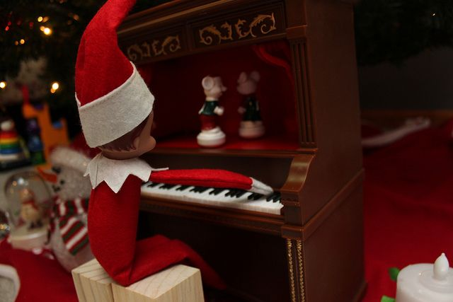 Elf tickling the ivories
