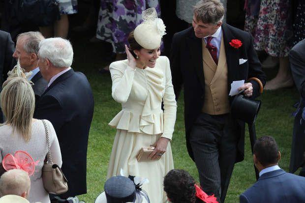 Kate Middleton à la garden party de Buckingham Palace