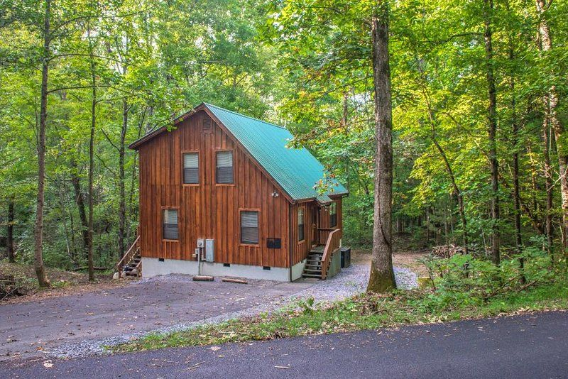 Tripadvisor Vacation Rental Creekside Dog Friendly Cabin W Fireplace Deck Foosball Near Nat L Park Upd Dog Friendly Cabins Cabin Pigeon Forge Vacation