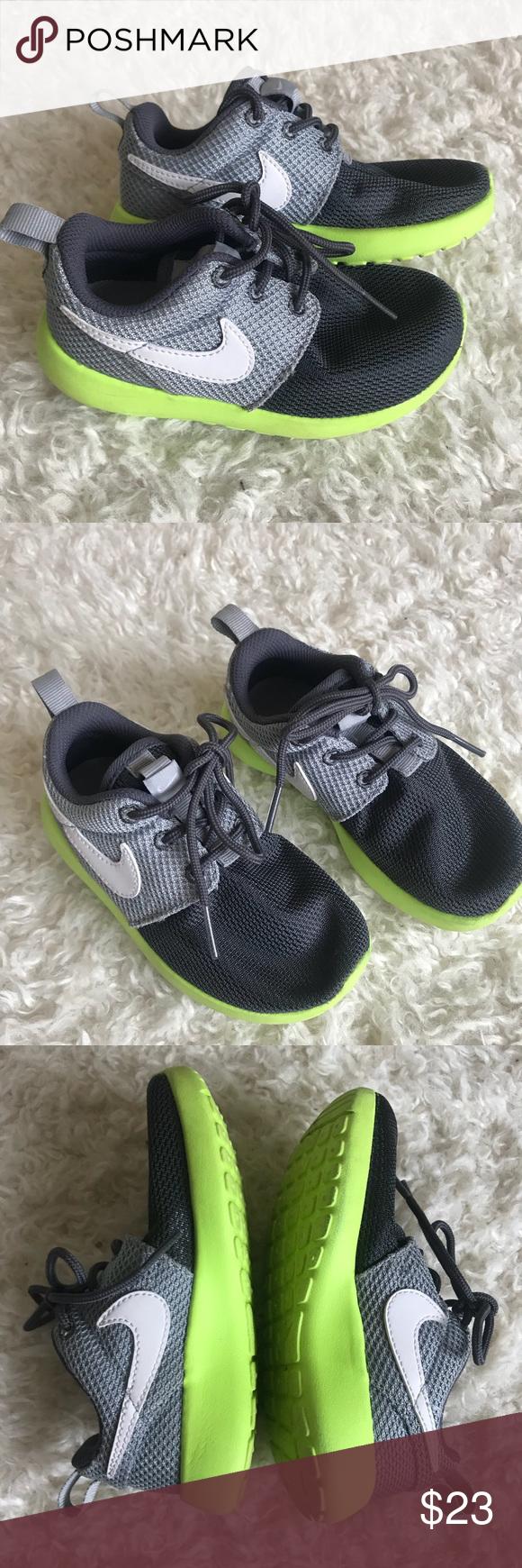 Toddler boy Nike shoes 9C | Nike shoes