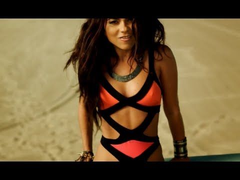 Inna featuring Daddy Yankee:More Than Friends