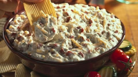 Bacon & Cheddar Dip...must try soon.