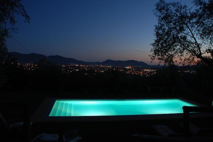 Eclairage Piscine 56 Idees Et Conseils Pour La Sublimer Pool Spa