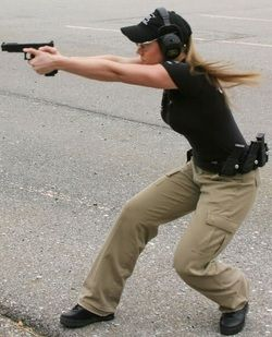 Girls with guns go together like milk and cookies (30 Photos