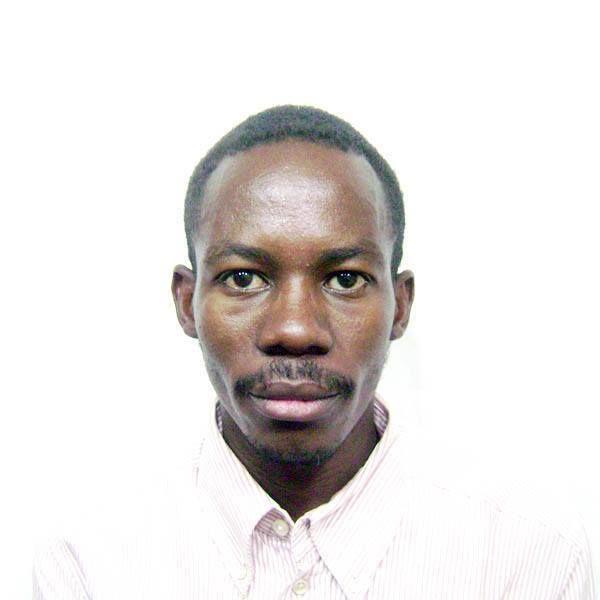 السلطات الأمنية تُهين الصحفي (حيدر عبد الكريم) وتُجبره على كشف مدونته الصحفية