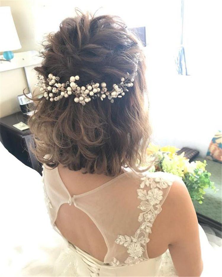 50+ Simple Trendiest Braids For Short Hair -   17 wedding hairstyles Short ideas